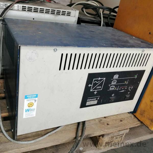 Ladegerät Intronic II 24 V / 55A - gebraucht