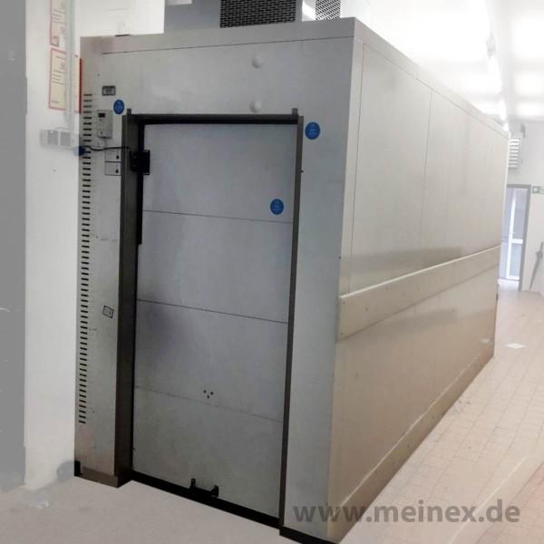 Kühlzelle 4,2 x 1,5 m mit Rolltor - gebraucht